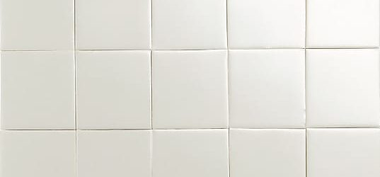 Iridescent ivory glazed tiles